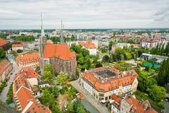 老城市鸟瞰图有哥特式大厦和curches的 库存照片