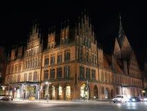 老城镇厅在汉诺威德国在晚上 免版税库存图片