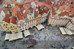 从老城镇厅塔的全景 布拉格 cesky捷克krumlov中世纪老共和国城镇视图 图库摄影