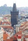 从老城镇厅的看法布拉格的,粉末塔,布拉格捷克 库存图片