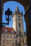 老城镇厅,天文学时钟 图库摄影