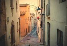 老城镇的缩小的街道 库存照片