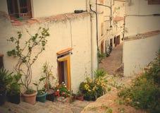 老城镇的缩小的街道 免版税库存照片