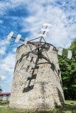 老塔风车在Holic,斯洛伐克,垂直的构成 图库摄影