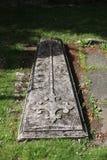 老墓碑细节  免版税库存图片