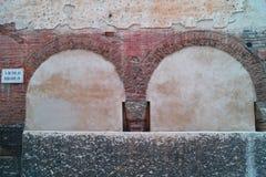 老墙壁在维罗纳 免版税库存图片