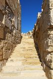 老墙壁在Kourion,塞浦路斯 图库摄影