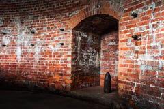 老墙壁是塔楼。 库存照片