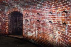 老墙壁是塔楼。 免版税库存图片