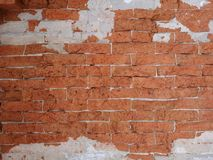 老墙壁的溶解由砖做成 免版税图库摄影
