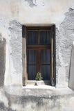 老墙壁视窗 免版税库存照片