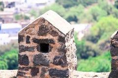 老墙壁Golconda堡垒在海得拉巴印度 免版税库存照片