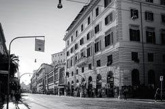 老大厦传统街道视图在2的1月5日,罗马 免版税库存照片