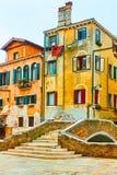 老大厦和桥梁在威尼斯 免版税图库摄影