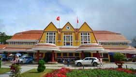 老大厦在大叻,越南 免版税库存图片