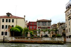 老大厦在威尼斯,在一个雨天 库存图片