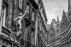 老大厦在安特卫普,比利时的中心 免版税库存图片