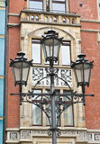 老大厦路灯柱 免版税库存照片