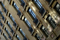 老大厦门面 免版税图库摄影
