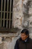 老妇人在中国 免版税库存照片