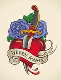 老学校纹身花刺-匕首通过心脏 库存照片