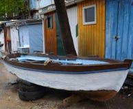 老小船捕鱼 免版税图库摄影