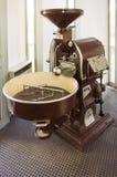 老工业咖啡烘烤器 库存照片