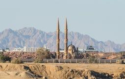老市场清真寺的看法从海的 库存图片