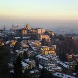 老市意大利冬时的贝加莫 图库摄影