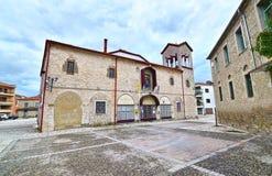 老市的圣洁访问教会特里卡拉色萨利希腊 免版税库存照片