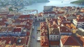 老市的鸟瞰图在日出期间的杜布罗夫尼克 影视素材