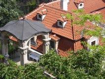 老布拉格屋顶 免版税库存图片