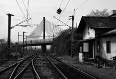老布拉格火车站在桥梁下 库存图片