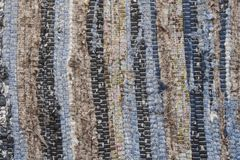 老布料地毯纹理  肮脏的旧布,水平和垂直条纹 免版税库存照片