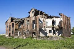老废墟房子 免版税库存照片