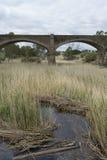 老废弃的铁路桥,帕尔默,南澳大利亚 库存图片