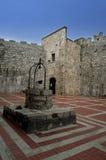 老很好石头里面Frankopan城堡在Krk,克罗地亚 库存图片