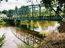 老德雷克小山花桥梁在康涅狄格 免版税库存照片