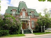老房子在小镇,加拿大 免版税库存图片