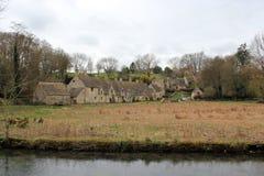 老房子在英国乡下 库存照片