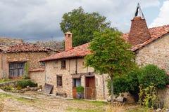老房子在Calatanazor,索里亚,西班牙 免版税库存图片