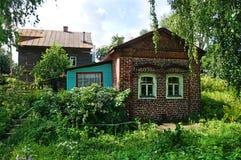 老房子在Ipatievsky sloboda 19世纪 库存图片