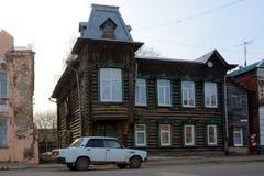 老房子在Kimry 免版税库存图片