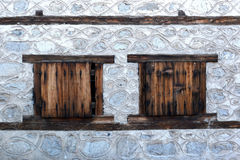 老房子窗口在班斯科, 2015年2月17日的保加利亚 库存图片