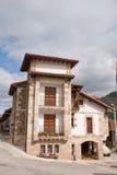 老房子mogrovejo 免版税库存照片