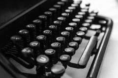 老手工控制台打字机键盘,关闭 库存照片