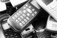 老手机堆 免版税库存照片