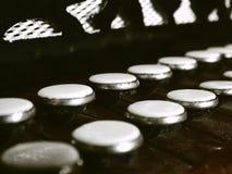 老手风琴钥匙 免版税图库摄影