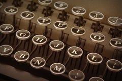 老打字机键盘  免版税图库摄影