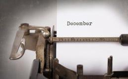 老打字机- 12月 免版税库存照片
